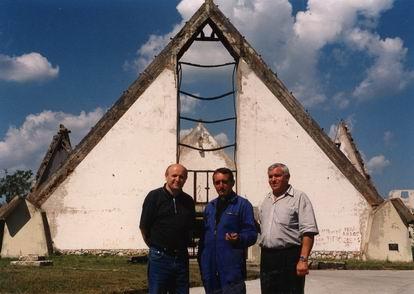 Srusena crkva