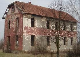 Zgrada pučke škole danas